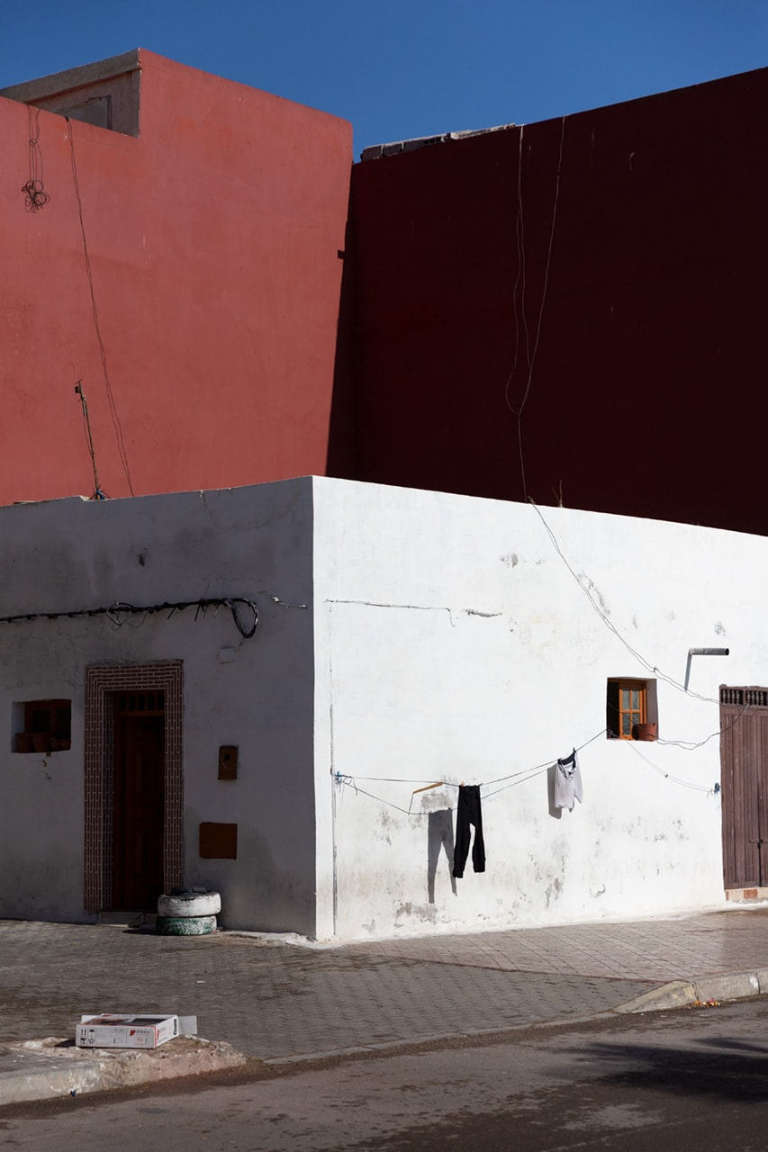 Julian Mullan, Morocco, House with Loundry
